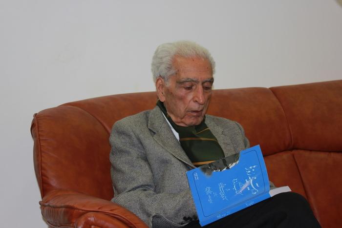 دکتر اسلامی ندوشن